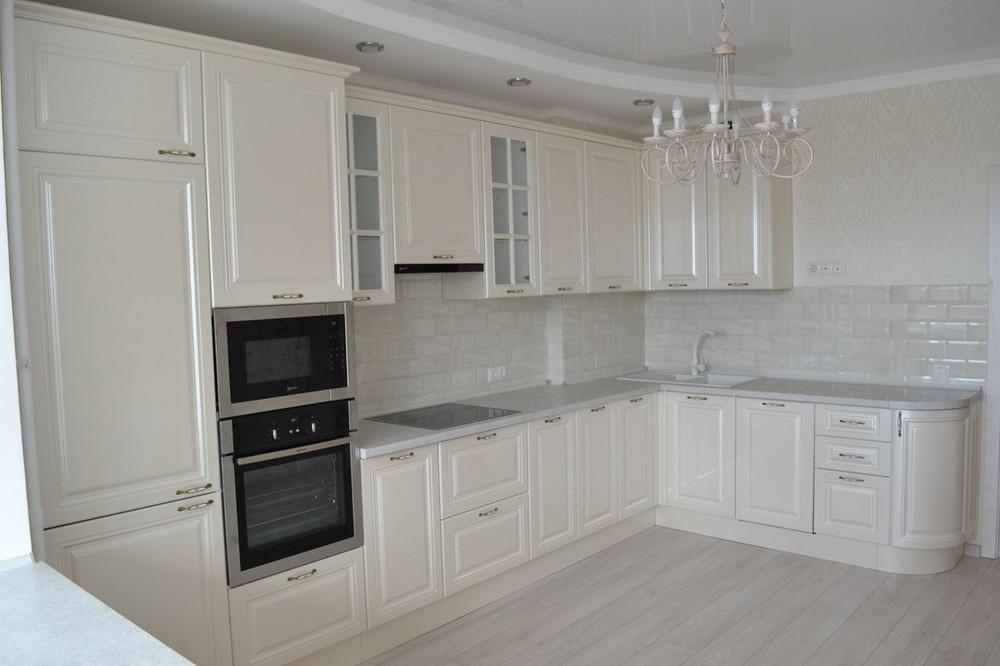 Белый кухонный гарнитур-Кухня МДФ в ПВХ «Модель 204»-фото1