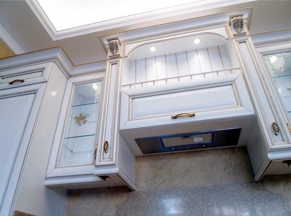 Белый кухонный гарнитур-Кухня из массива «Модель 152»-фото7