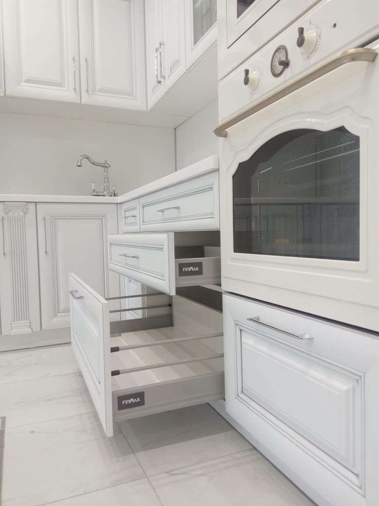 Белый кухонный гарнитур-Кухня МДФ в ПВХ «Модель 34»-фото4