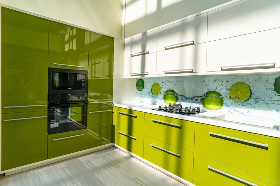 Белый кухонный гарнитур-Кухня МДФ в ПВХ «Модель 53»-фото1