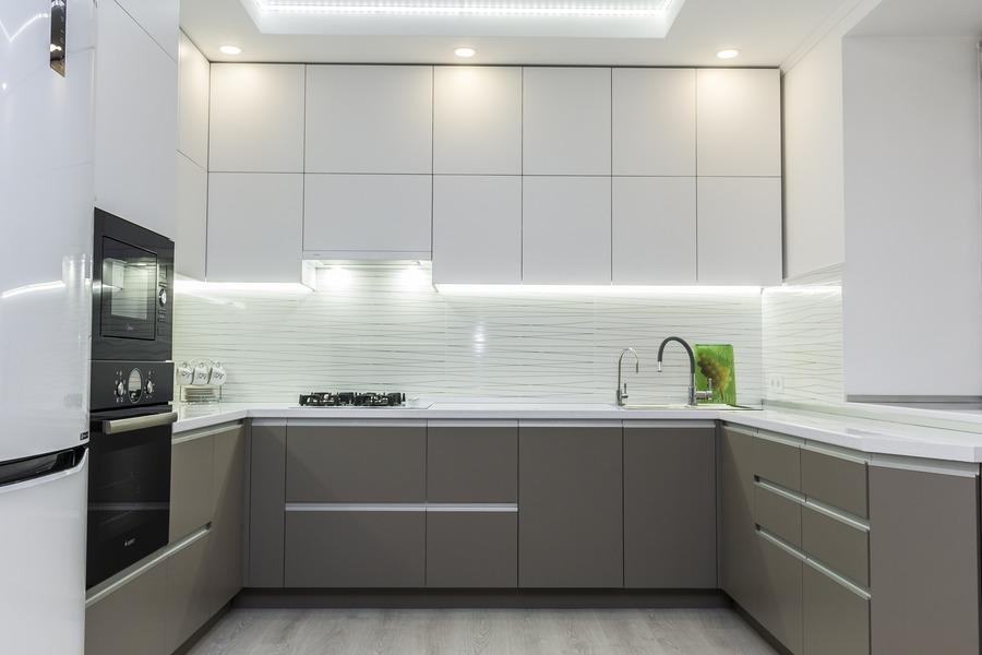 Белый кухонный гарнитур-Кухня МДФ в ПВХ «Модель 9»-фото1