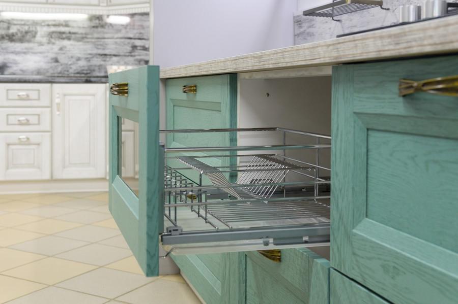 Белый кухонный гарнитур-Кухня из массива «Модель 46»-фото5
