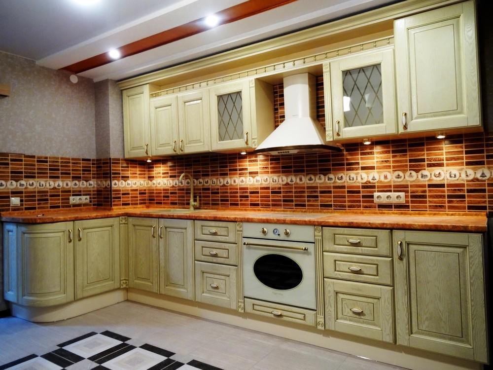 Белый кухонный гарнитур-Кухня МДФ в эмали «Модель 301»-фото3