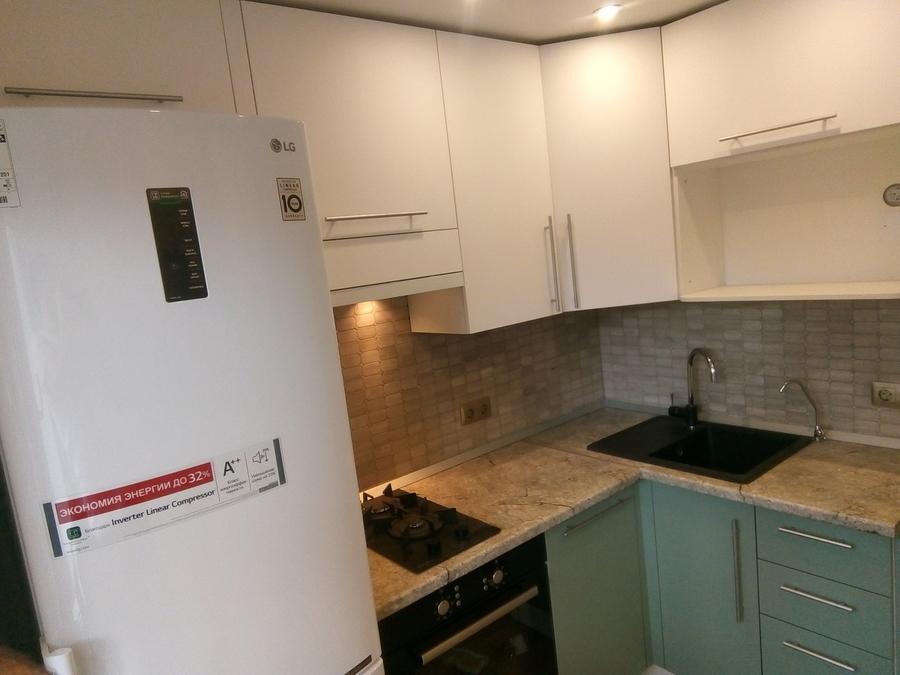 Белый кухонный гарнитур-Кухня МДФ в ПВХ «Модель 125»-фото2