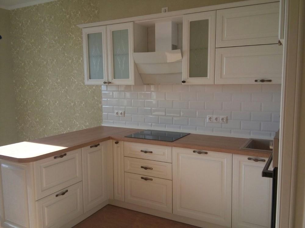Белый кухонный гарнитур-Кухня МДФ в ПВХ «Модель 226»-фото2