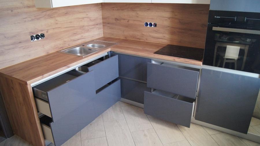 Белый кухонный гарнитур-Кухня МДФ в эмали «Модель 230»-фото5
