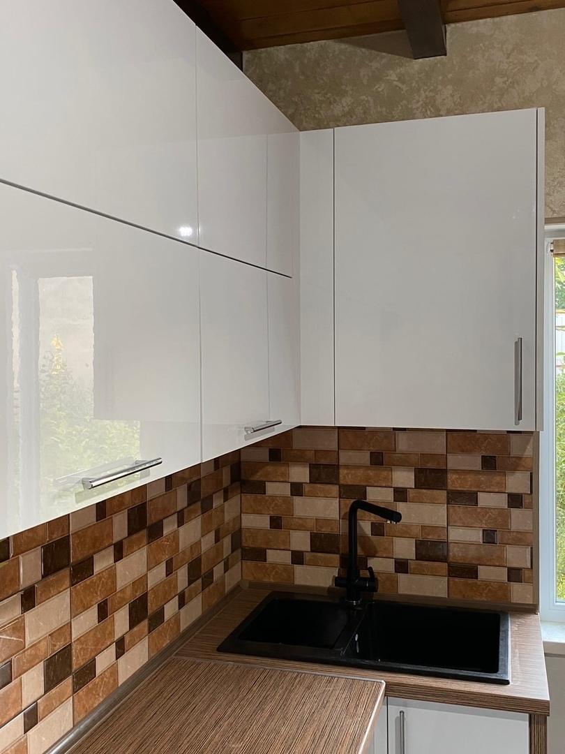 Белый кухонный гарнитур-Кухня МДФ в ПВХ «Модель 568»-фото3