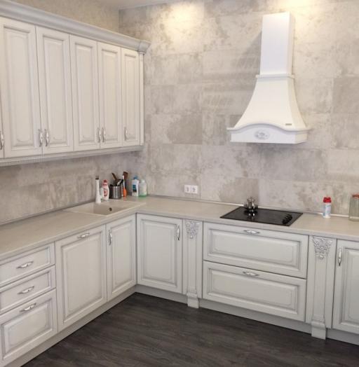 Белый кухонный гарнитур-Кухня из массива «Модель 109»-фото7